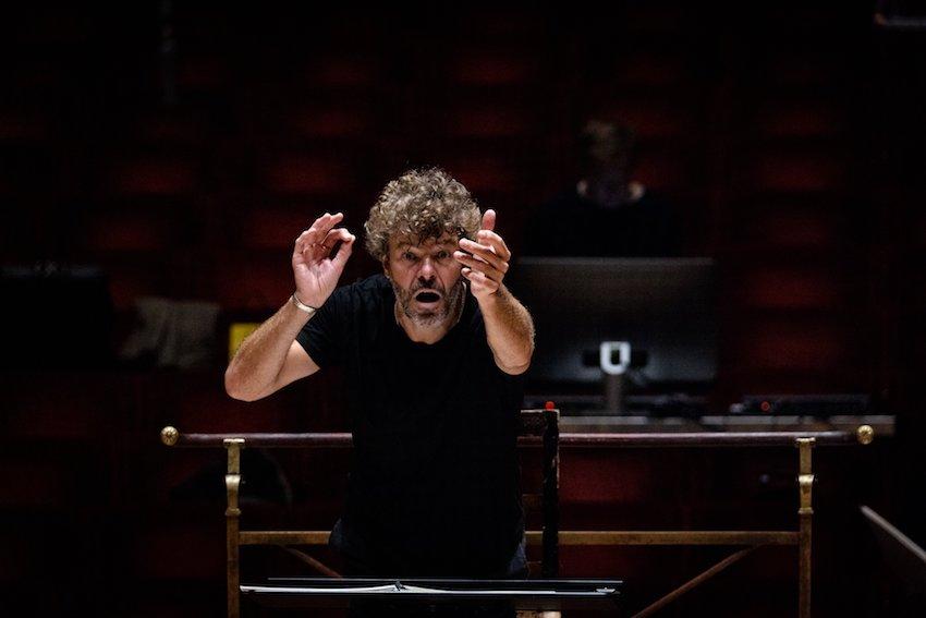 Pablo Heras-Casado dirige obras de Lindberg y Brahms en Milán y Turín