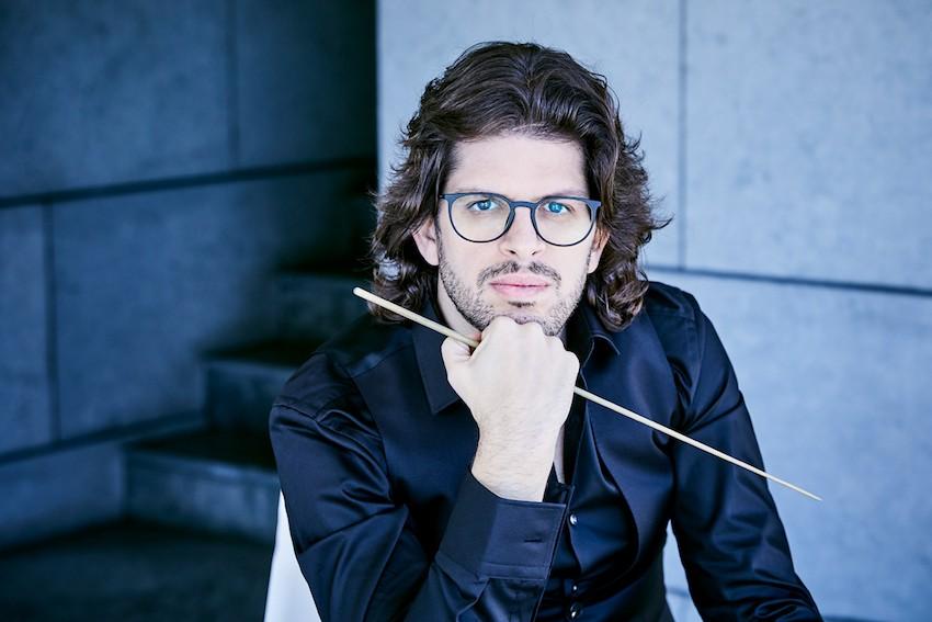 Tomás Grau debuta con la Orquesta Nacional de España, sustituyendo a Lina González-Granados
