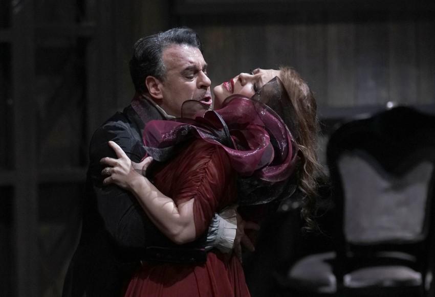 """Sondra Radvanovsky protagoniza """"Tosca"""" en el Teatro Real de Madrid"""