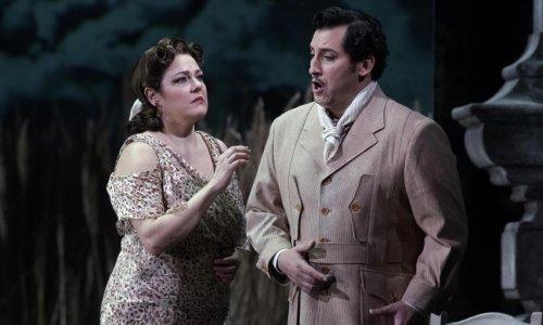 """Yolanda Auyanet y Maite Alberola protagonizan """"Luisa Fernanda"""" en el Teatro de la Zarzuela"""