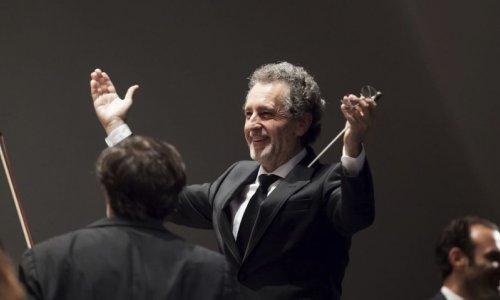 Josep Pons dirige danzas húngaras y eslavas con la Orquestra del Liceu