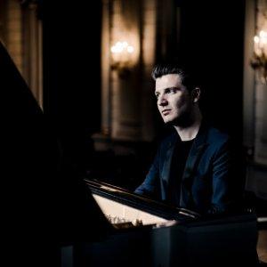 Alessio Bax sustituye a Evgeny Kissin en sus recitales por España junto a Isserlis y Bell