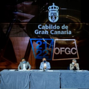 La Filarmónica de Gran Canaria presenta su temporada 21/22, con Karel Mark Chichon al frente