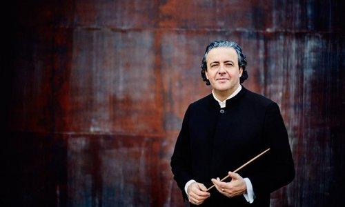 """Juanjo Mena y la Euskadiko Orkestra celebran los 50 años de la AECC con la """"Novena"""" de Beethoven"""
