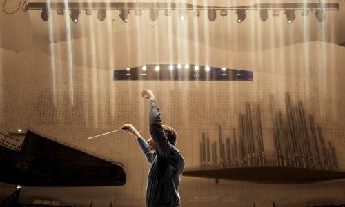 Klaus Mäkela y Lise Davidsen abren la temporada de la Orchestre de Paris con Mahler, Chin y Strauss