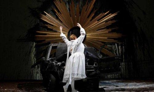 Les Arts abre su temporada con el 'Requiem' de Mozart escenificado por Romeo Castellucci